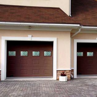 Квадратные окна для секционных ворот